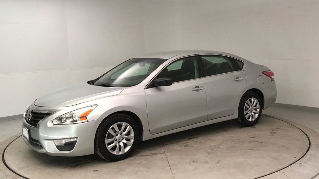 Pre-Owned 2013 Nissan Altima 4dr Sedan I4 2.5