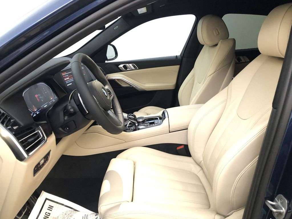 New 2021 BMW X6 sDrive40i Sports Activity