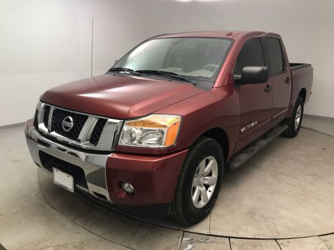 Pre-Owned 2014 Nissan Titan 2WD Crew Cab SWB SV